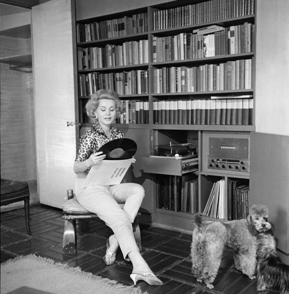 Zsa Zsa Gabor at home1958© 1978 Sid Avery - Image 0018_0332