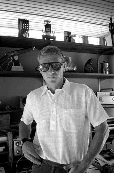 Steve McQueen at home on Solar Drive in the Hollywood Hills circa 1963 © 1978 David Sutton - Image 0019_0910