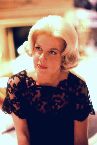 """Doris Dayon the set of """"Midnight Lace""""1960 © 1978 Bob Willoughby - Image 0025_2176"""