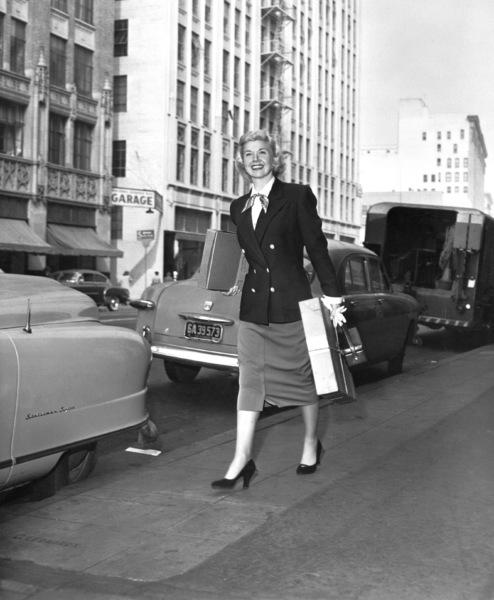 "Doris Dayon location during shooting of ""Calamity Jane""1953 Warner Brothers - Image 0025_2222"