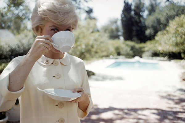 Doris Day at her Beverly Hills home1961© 1978 Bob Willoughby - Image 0025_2513