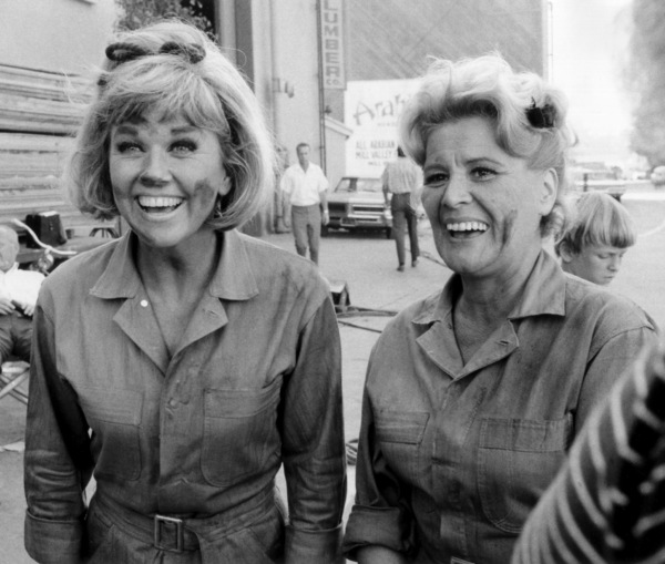 """""""The Doris Day Show"""" Doris Day, Rose Marie1970** I.V. - Image 0025_2524"""