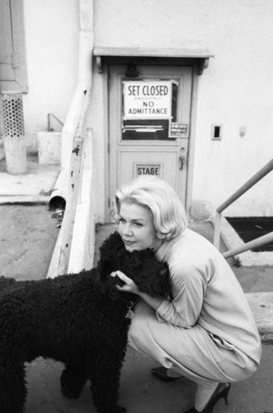 """""""Midnight Lace""""Doris Day and her dog, Smudge1960© 1978 Bob Willoughby - Image 0025_2570"""