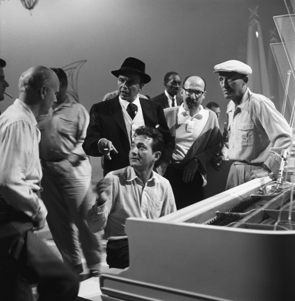 "Axel Stordahl, Joe Buskin, Frank Sinatra, Sammy Cahn and Bing Crosby rehearsing for ""The Bing Crosby Show""1959© 1978 Sid Avery - Image 0031_0166"