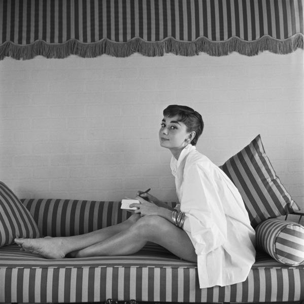 Audrey Hepburn1953© 2000 Mark Shaw - Image 0033_2406