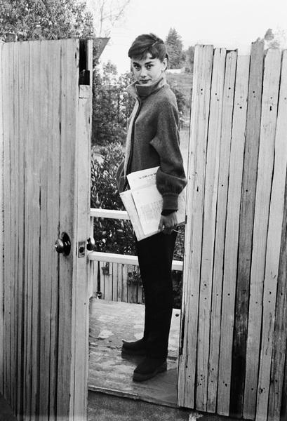 Audrey Hepburn1953© 2000 Mark Shaw - Image 0033_2507