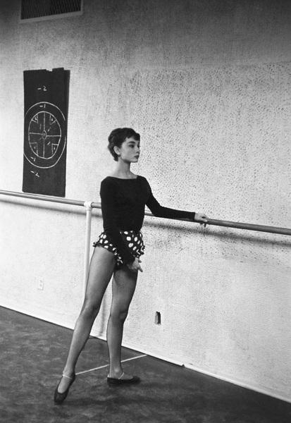 Audrey Hepburn1953© 2007 Mark Shaw - Image 0033_2527