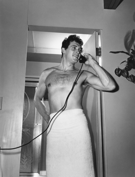Rock Hudson at his North Hollywood home1952© 1978 Sid Avery - Image 0067_0021