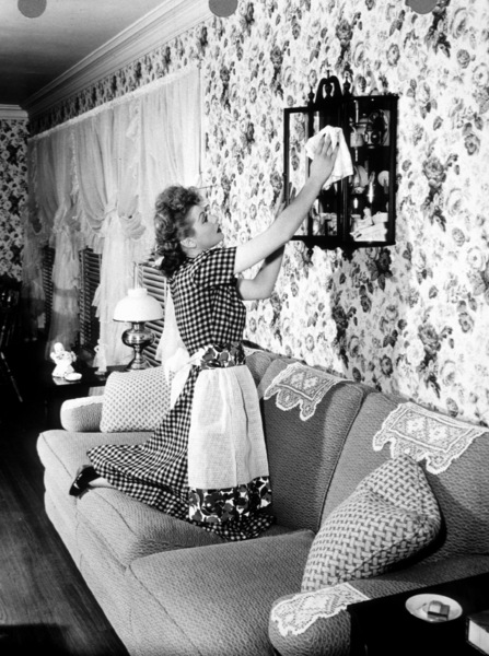 Lucille BallAt home in her San Fernando Valley Ranch1948 - Image 0069_0856