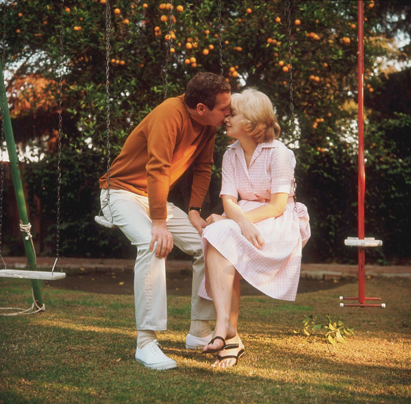 Paul Newman & Joanne Woodward at home, Hollywood CA, 1965. © 1978 David Sutton - Image 0070_2087