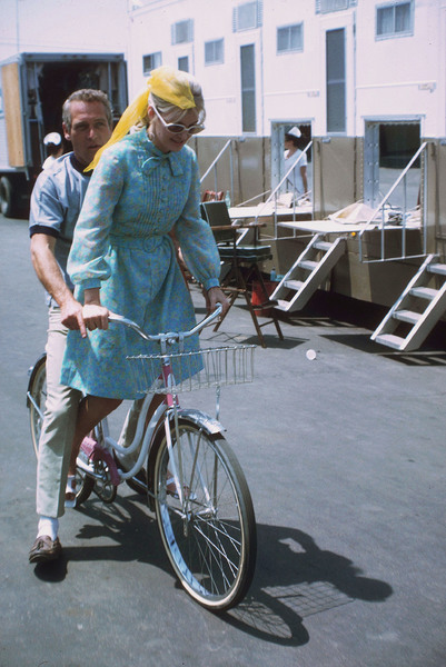 "Paul Newman and Joanne Woodwardon location during the filming of""Winning,"" 1968. © 1978 David Sutton - Image 0070_2227"