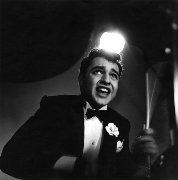 "Sal Mineo on the set of ""The Gene Krupa Story""1959 © 1978 Sid Avery - Image 0083_0004"
