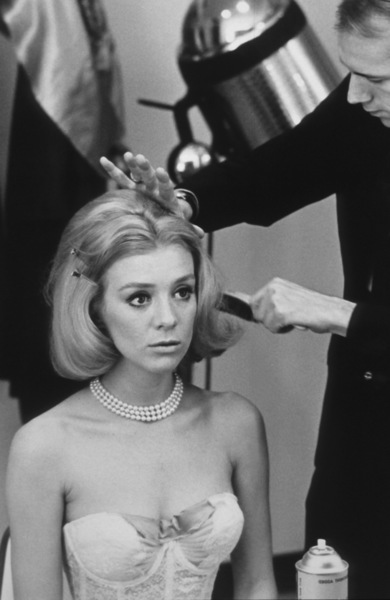 Inger Stevens with hairstylist Leslie Blanchard during a photo shoot for Clairol, 1964. © 1978 Sid Avery - Image 0088_0207
