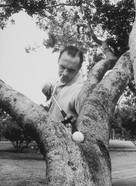 Bob Newhart spoofing a golfer, 1961. © 1978 Sid Avery MPTV - Image 0092_0136