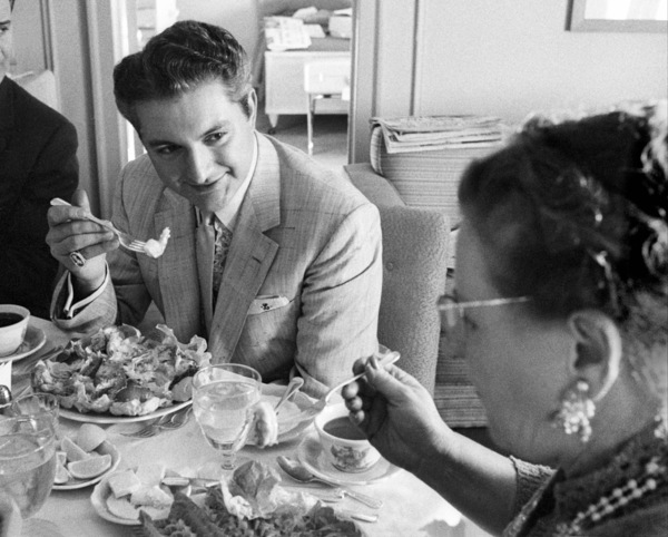 Lee Liberace and his mother in a hotel room in San Francisco1955 © 1978 Bob Willoughby - Image 0289_0378