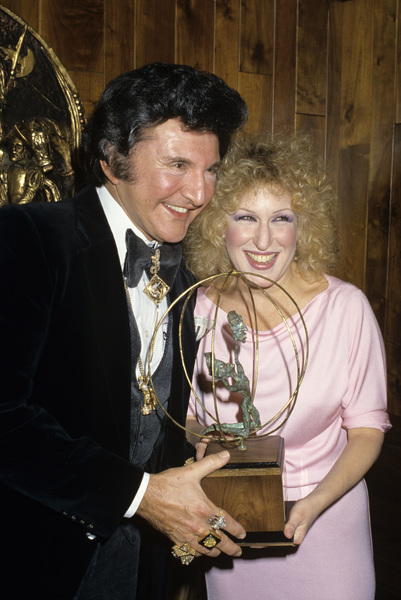 Lee Liberace and Bette Midlercirca 1980s© 1980 Gary Lewis - Image 0289_0389