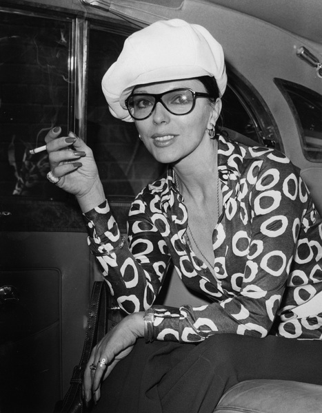 Joan Collins1970 - Image 0299_0064