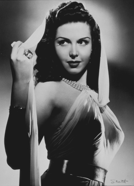 """Ann Miller in """"Eadie Was a Lady"""" 1945 © 1978 Ned Scott Archive - Image 0308_0085"""