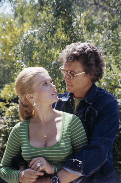 Ann-Margret, husband Roger Smith at home1972© 1978 David Sutton - Image 0332_0096