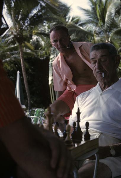 Frank Sinatra and Mike Romanoff in Honolulu, Hawaii1962© 1978 Ted Allan - Image 0337_0882