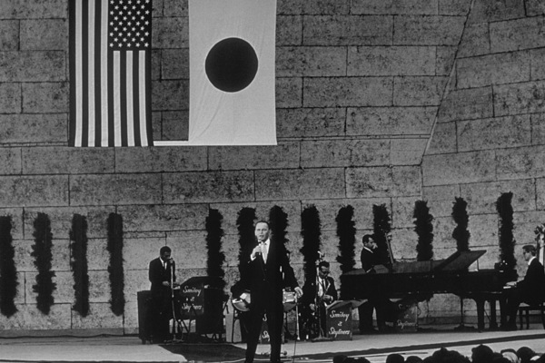 Frank Sinatra in concert in Japanc. 1964 © 1978 Ted Allan - Image 0337_1116