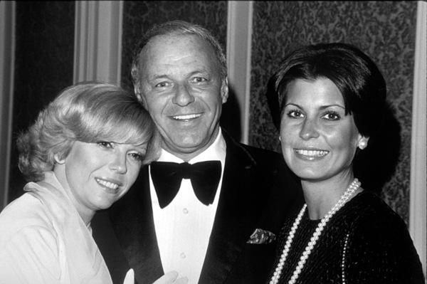 Frank Sinatra, Nancy, and Tina at Scopus Awards, 1976. © 1978 David Sutton  - Image 0337_1609