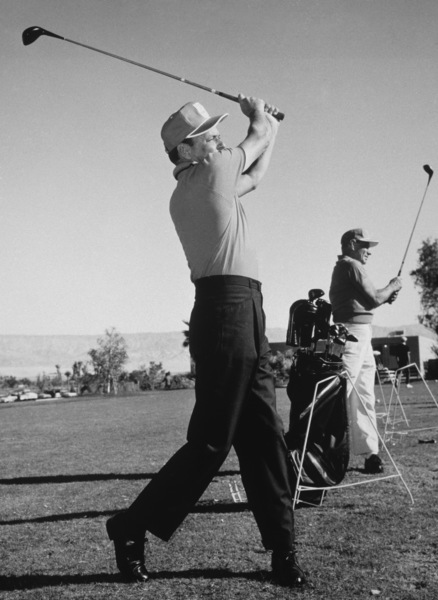 Frank Sinatra and Leo Durocher at the Canyon Country Club in Palm Springs for The Frank Sinatra Invitational Golf Tournament1963Photo by Lester Nehamkin** G.L. - Image 0337_2192