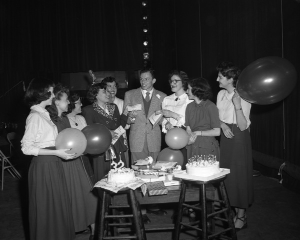 Frank Sinatra on his 32nd birthday1947© 1978 Barry Kramer - Image 0337_2846