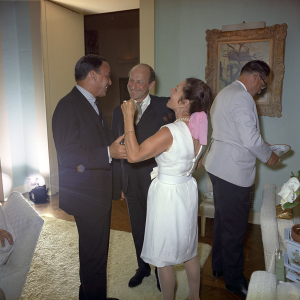 Frank Sinatra on his wedding day to Frank Sinatra with Garson Kanin and Ruth Gordon1966 © 1978 Ted Allan - Image 0337_2896