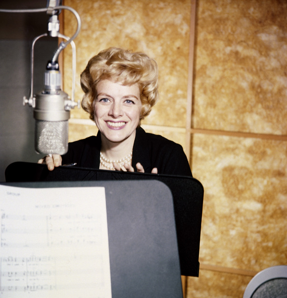 Rosemary Clooney during a Capitol Records recording sessioncirca 1957© 1978 Ted Allan - Image 0501_0065