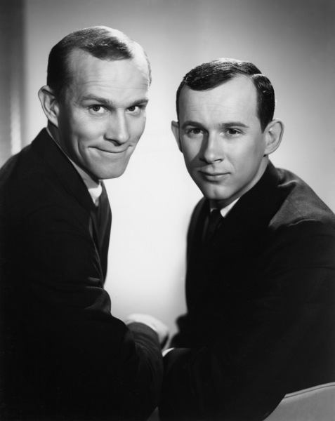"""""""The Smothers Brothers Show""""Tom Smothers, Dick Smotherscirca 1965Photo by Gabi Rona - Image 0572_0111"""
