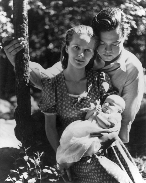 Orson WellesAnd Virginia Nicoholson,Son Christopher1938Photo By Louise Dahl Wolfe - Image 0580_0012