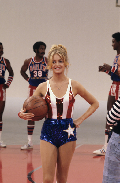Goldie Hawn and the Harlem Globetrotterscirca 1976Photo by Gabi Rona - Image 0616_0003