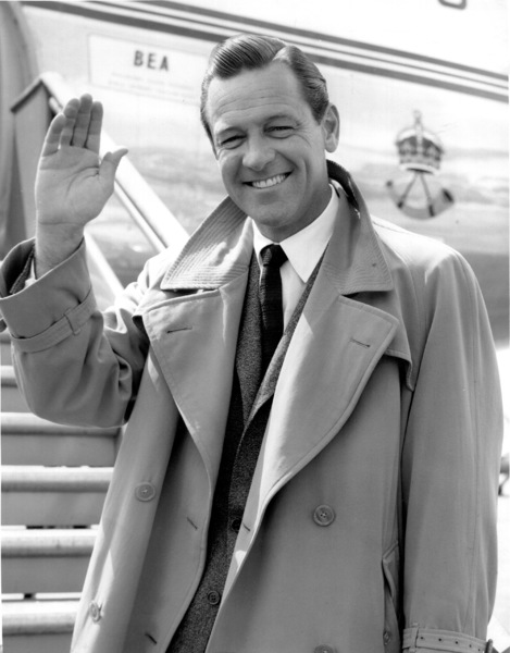 William Holden at London airport, 1956.**I.V. - Image 0623_0172