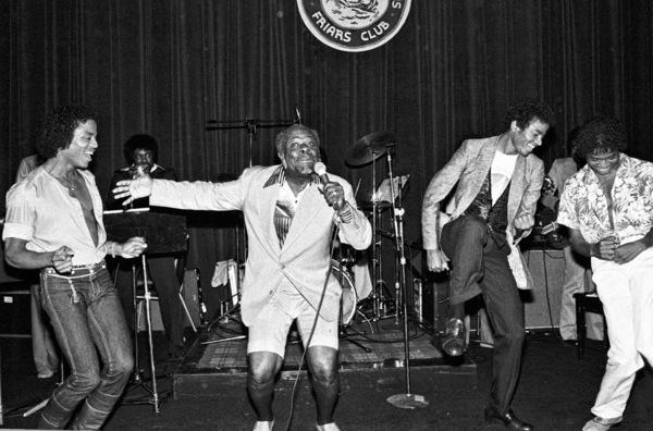 Rufus Thomas with Marlon, Michael and Randy Jackson1980© 1980 Michael Jones - Image 0628_0188