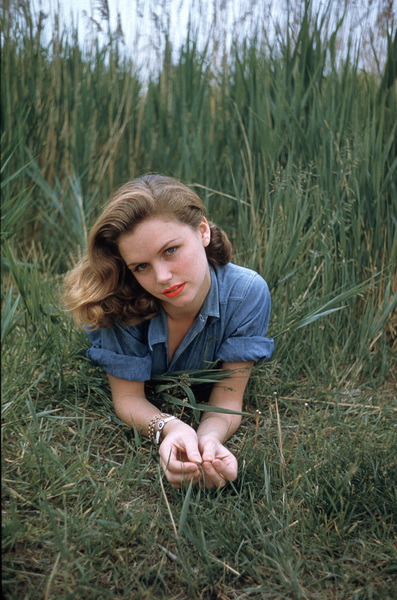 Lee Remick1956 © 2001 Mark Shaw - Image 0651_0022