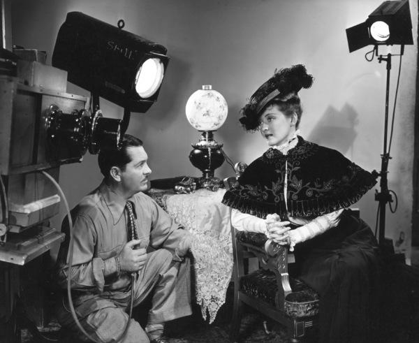 Bette Davis with photographer Bert Six, 1938.Photo by Bert Six - Image 0701_0040