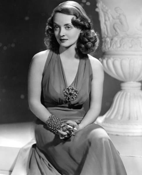 Bette Davis, No. 8, 1938. - Image 0701_0807