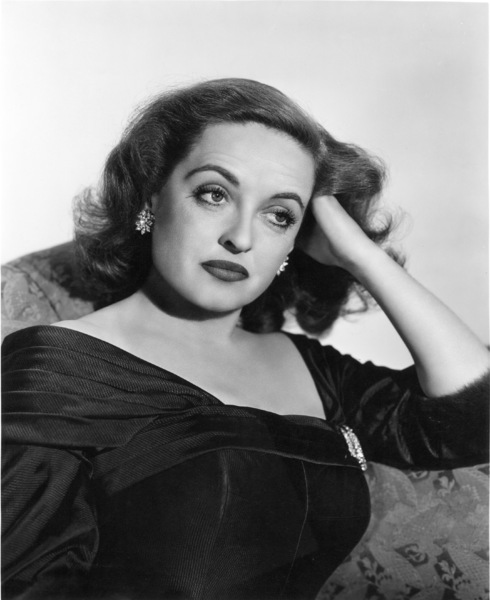 """Bette Davis publicity photo for """"All About Eve,"""" 1950. - Image 0701_1008"""