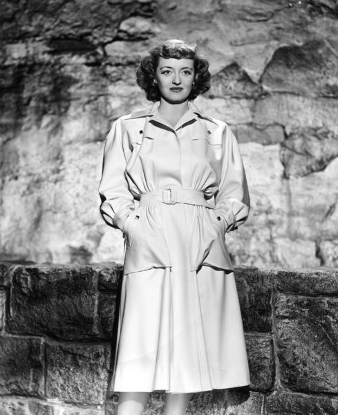 Bette Davis, 1942.Photo by Scotty Welbourne - Image 0701_1259
