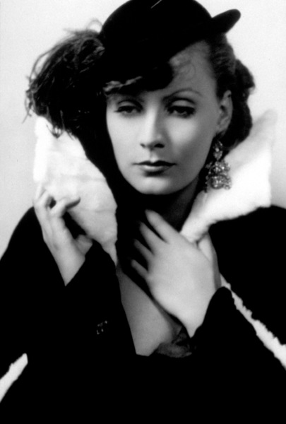 Greta GarboMGMRomance (1930)Photo by George Hurrell0021310 - Image 0702_0789