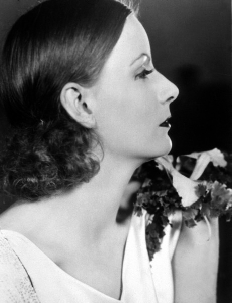 Greta Garbo, c. 1932.Photo by Clarence S. Bull - Image 0702_1012