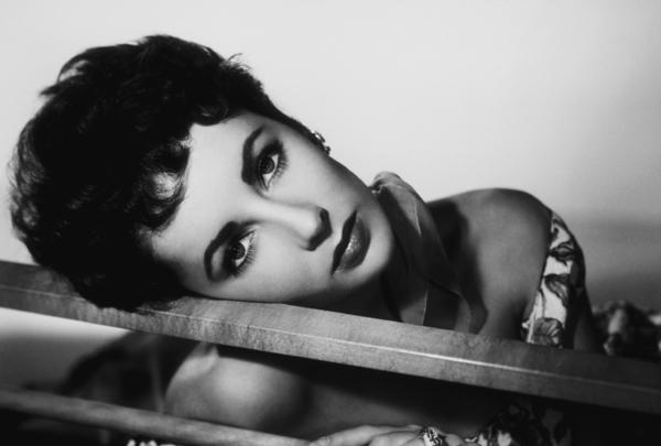 Elizabeth TaylorC. 1955MPTV - Image 0712_2169
