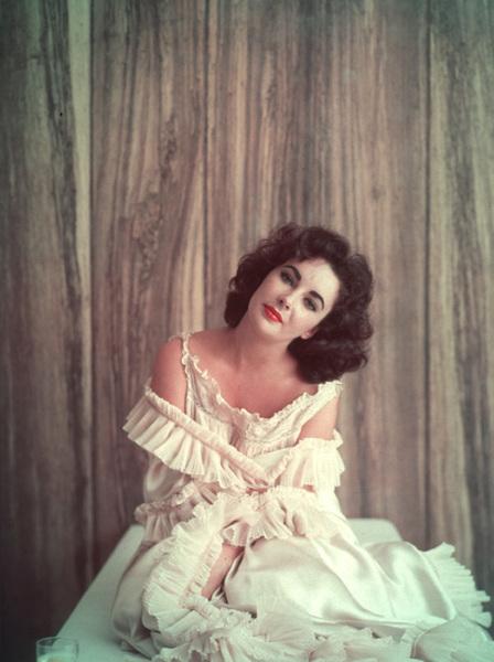 Elizabeth TaylorOctober 15, 1956 © 2001 Mark Shaw - Image 0712_5032