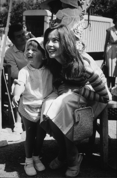 "Leslie Caron and her daughter Jennifervisit the set of ""Fanny""1961 - Image 0715_0019"
