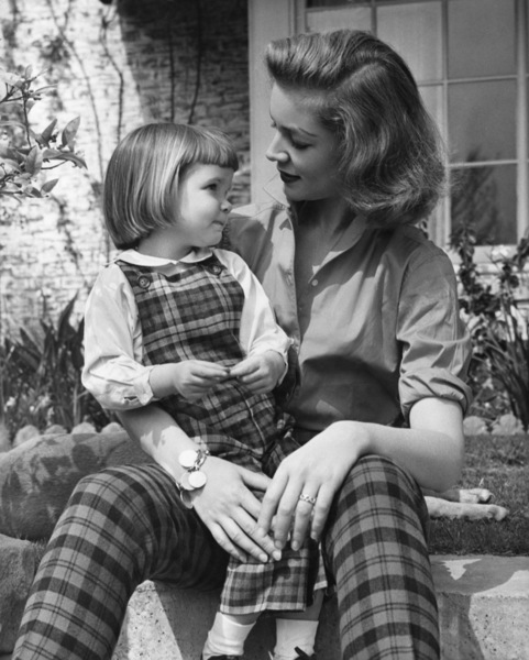 Lauren Bacall and daughter Leslie1955 - Image 0730_0071
