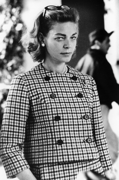 Lauren Bacall at the Beverly Hills Hotel, 1965 © 1978 Chester Maydole - Image 0730_0522