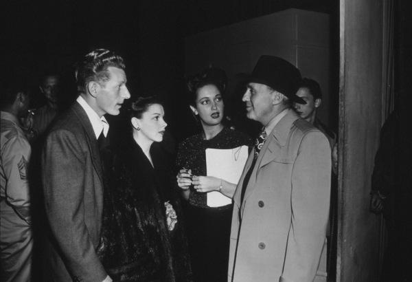 Danny Kaye, Judy Garland, Dorothy Lamour, Jack BennyHollywood Canteen, 1942 © 1978 Bill Dudas - Image 0733_0034