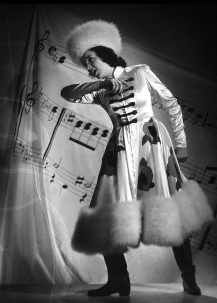 Judy GarlandFilm SetStrike Up The Band (1939) © 1978 Laszlo WillingerMGM - Image 0733_0060