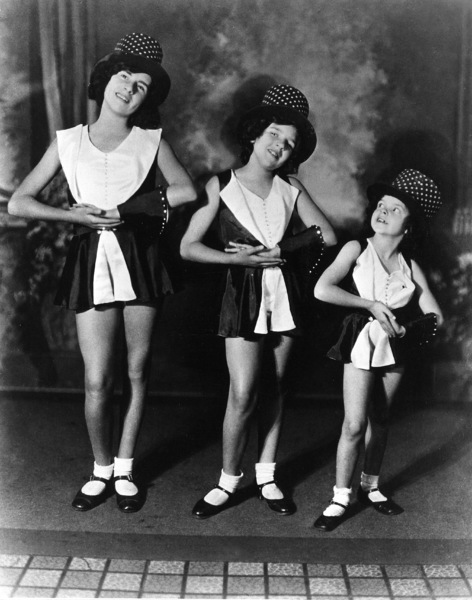 Judy Garland with sister Mary Jane & Virginiac. 1927**R.C. - Image 0733_2090
